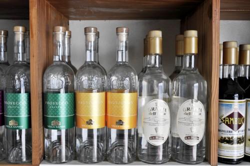 Antillean-wine-company-4
