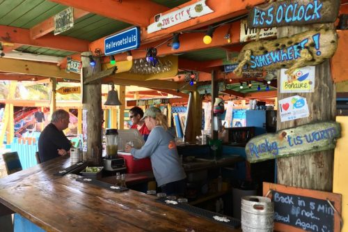 Hang-Out-Beachbar