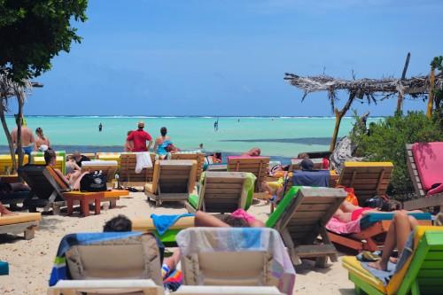 Hang Out Beachbar