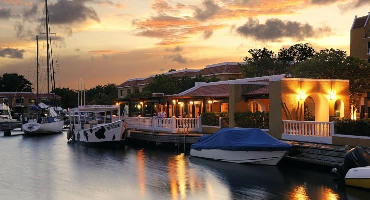 Bistro de Paris en Zazu bar restaurant Bonaire