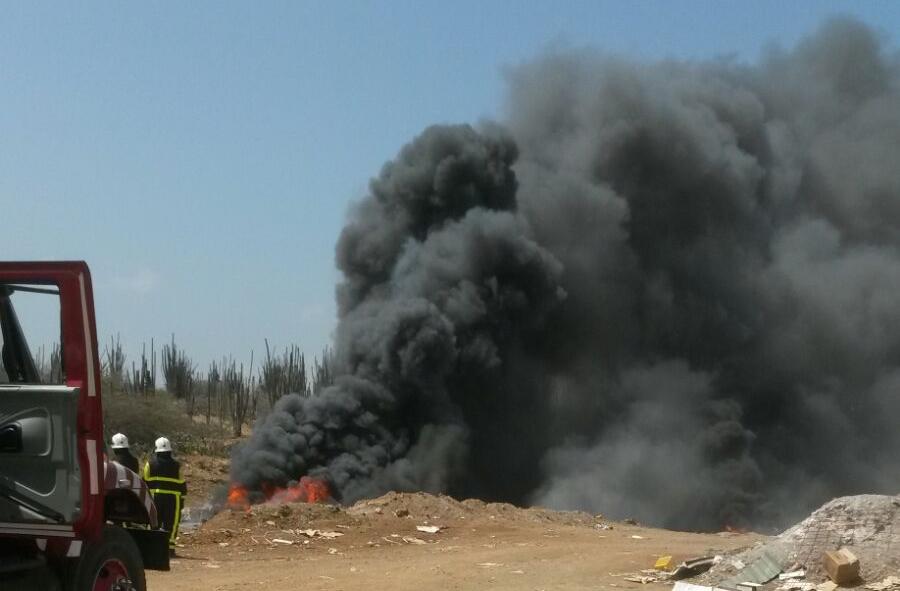 Foto's brand op de landfill