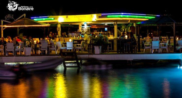 Vacatures Karel's Beach Bar