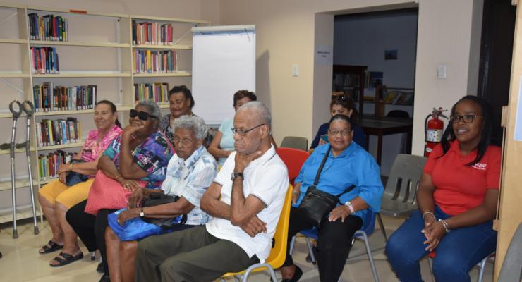 Quiz voor ouderen van FKBO in openbare bibliotheek