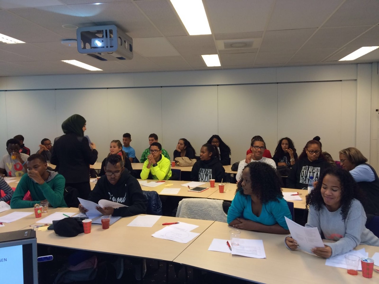 SGB Liseo leerlingen tijdens colleges in Nederland (c)SGB