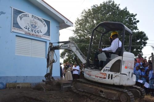 wallbreaking bethel school