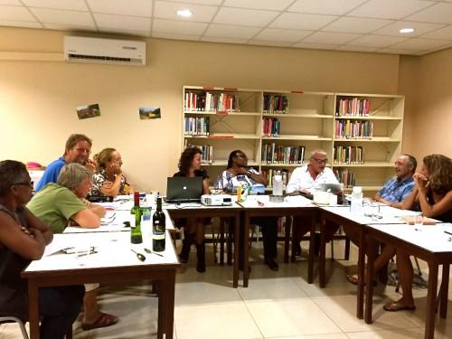 Schrijver en tv man Rik Felderhof was bij De Schrijfclub op Bonaire