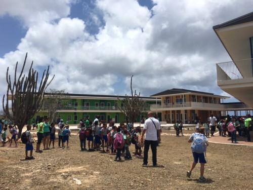 Foto's opening Skol Amplio Papa Cornes