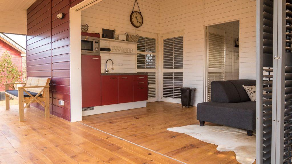 Red Palm Village livingroom