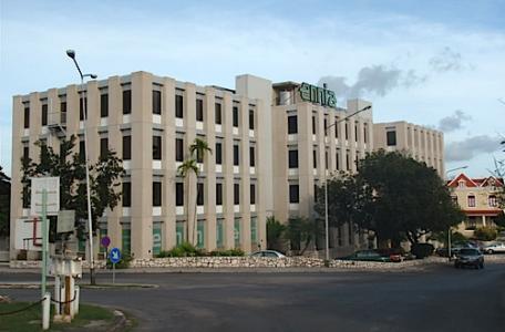 Antilliaanse verzekeraar uitgehold onder toeziend oog centrale bank