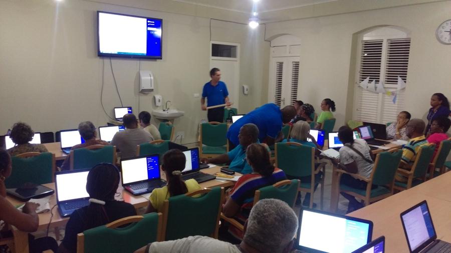 Bonaire pakt digitale achterstand grondig aan