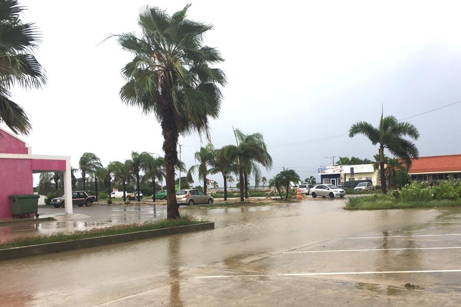 Meteo Curacao geeft code oranje af