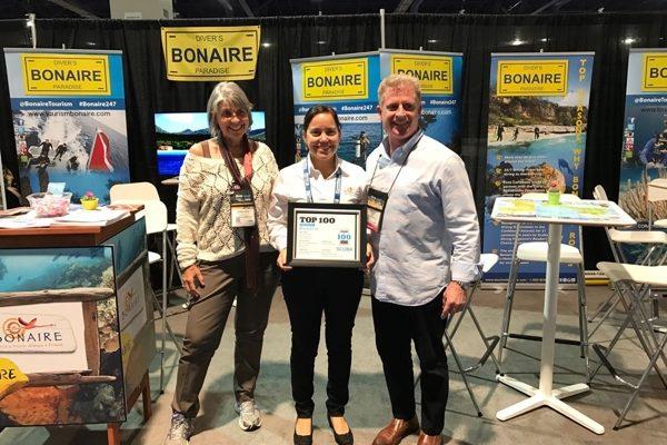 """Bonaire krijgt """"Readers Choice Awards 2017"""" onderscheidingen"""