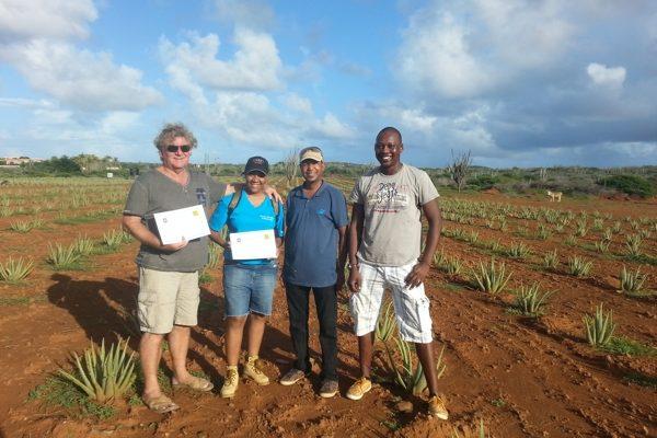 Certificaten uitgereikt aan Punta Blanku Farms en Onima Aloe