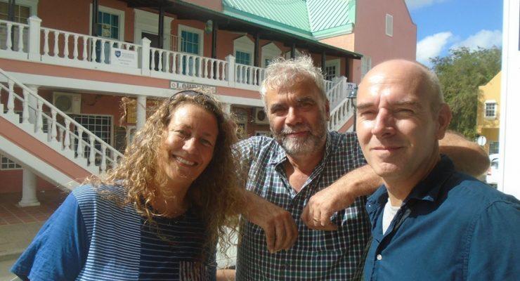 Stichting Infamous Productions: De media(pro)motor van de Antillen!