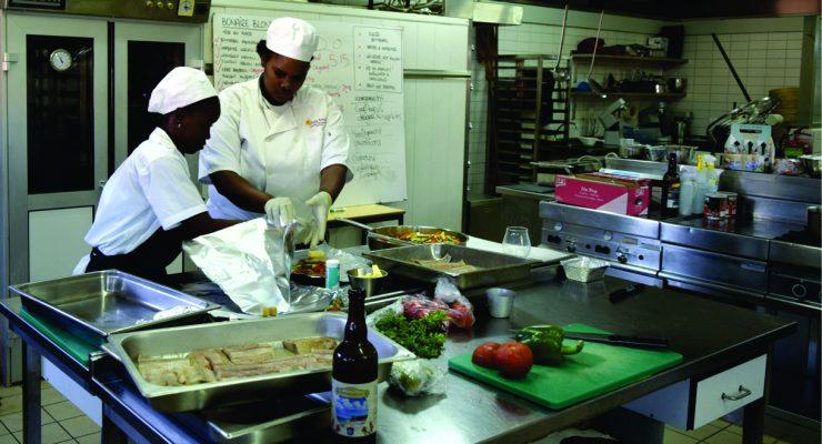 MBO-studenten SGB koken met Bonaire Blond bier