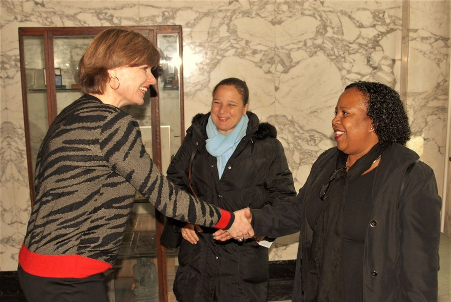 Bonaire en Leiden verkennen twinning