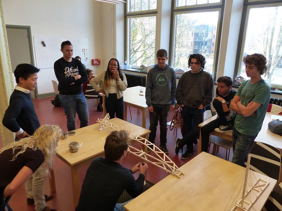 workshop bruggen bouwen op de TU Delft met Vwo 5