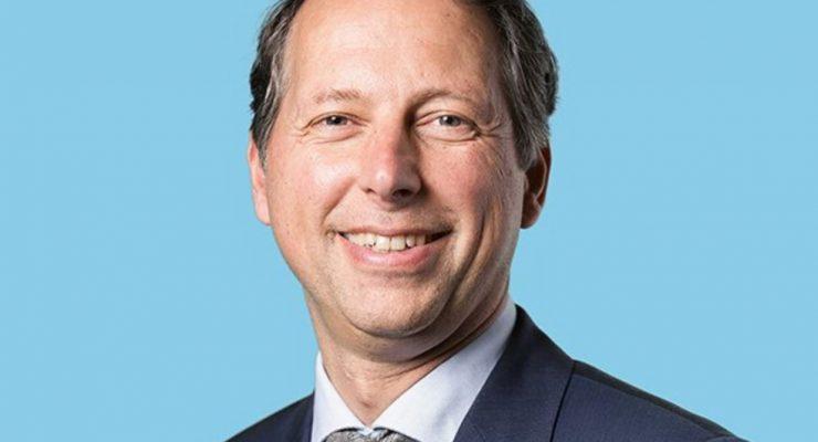 Ook Jeroen Recourt (PvdA) voert campagne op de eilanden