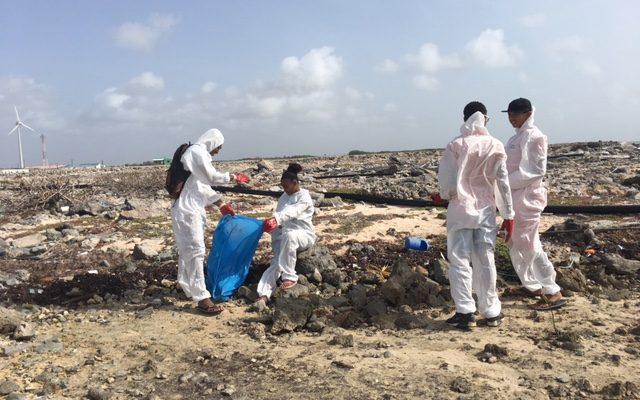 Veel olie aangetroffen aan de oostkust van Bonaire