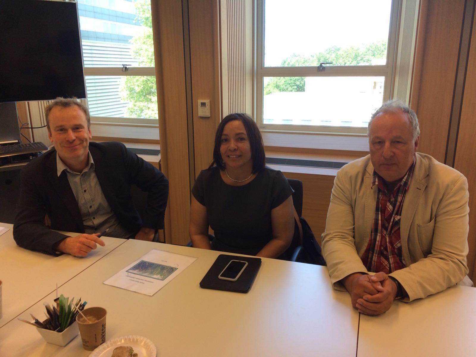 Gedeputeerde Hellburg-Makaai voert gesprekken over reorganisatie LVV