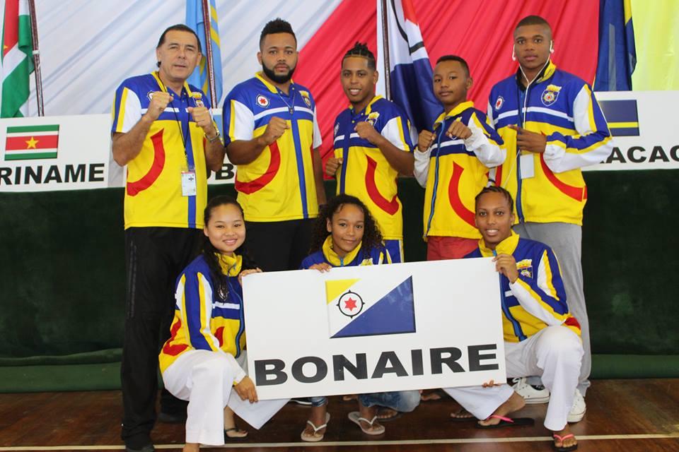 Bonaire haalt gouden medaille op karatekampioenschappen in Suriname