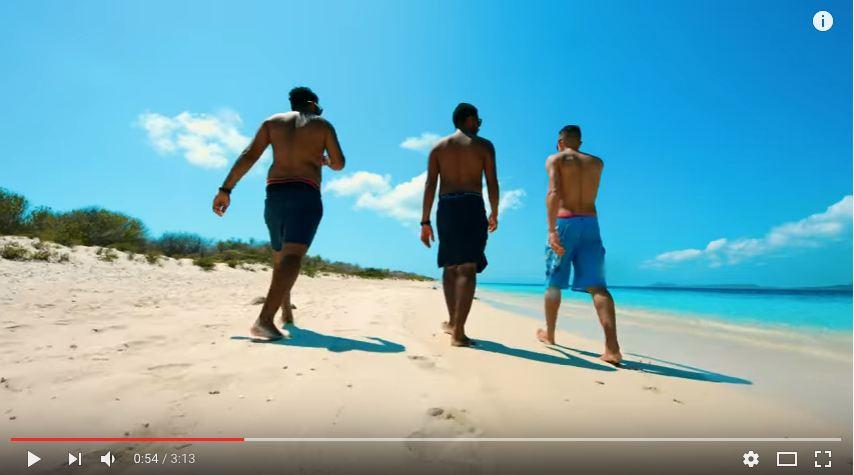 Muziekvideo door Giichi opgenomen op Bonaire