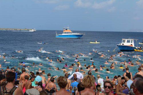 Zwem naar Klein Bonaire @ Spice Beach Club | Kralendijk | Bonaire | Caribisch Nederland