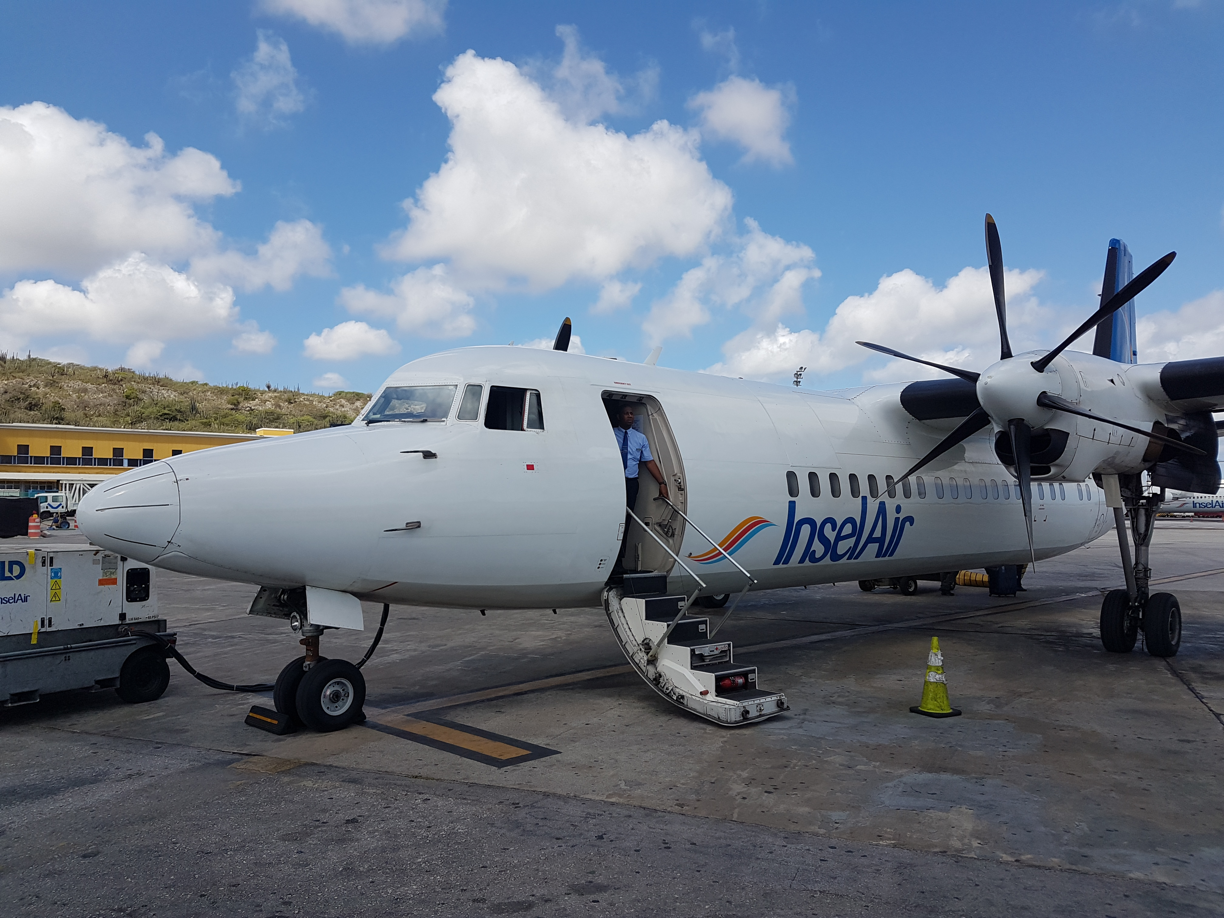 Fokker 50 Insel op Hato 8 Aug 2017