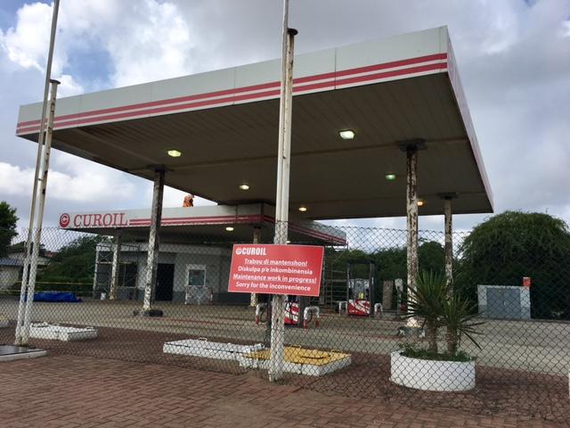 Lange rijen voor benzine