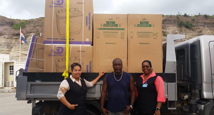Duurzame goederen voor orkaanslachtoffers Statia zijn aangekomen