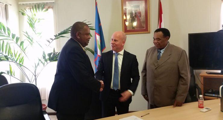 Staatssecretaris Knops en Statia voeren eerlijke en open gesprekken