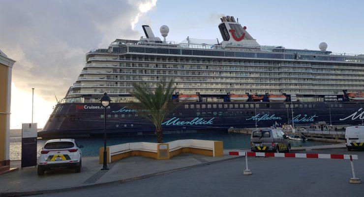 SMP over cruisetoerisme: Hogere head-tax en meer autoriteit Havenmeester