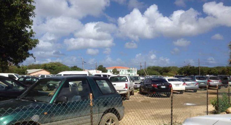 """Gedeputeerde James Kroon:  """"Parkeerplaats tegenover ziekenhuis is privé terrein"""""""