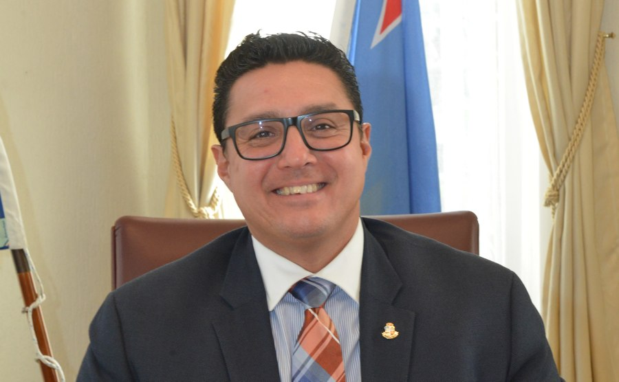 Regering Aruba boos op Knops