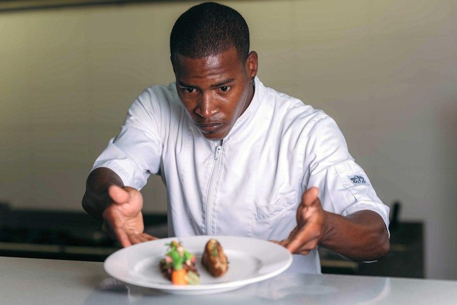MBO Bonaire start Papiamentstalige opleiding tot kok