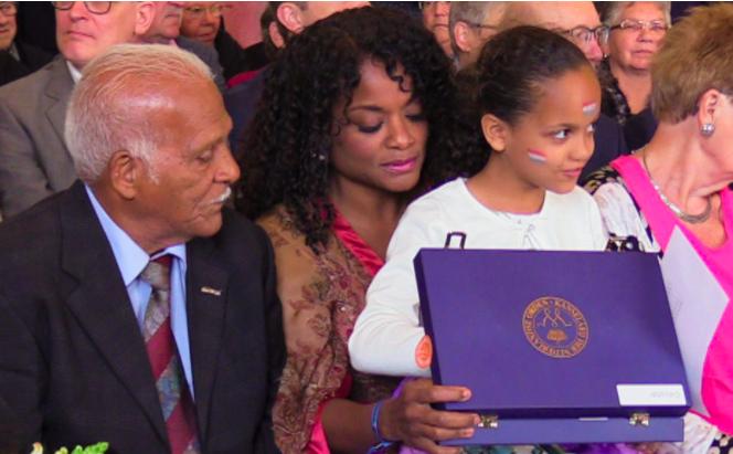 Curaçaose zangeres Izaline Calister ontvangt koninklijke onderscheiding