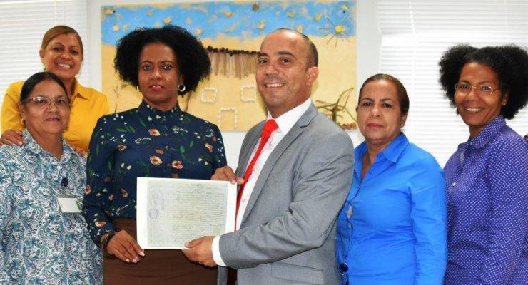 Afdeling Burgerzaken digitaliseert alle registers op Bonaire