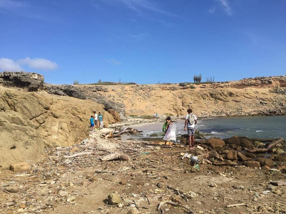 Draag actief bij aan een plastic vrije oceaan, help mee met World Oceans Day op Bonaire