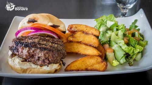 Elke woensdag Burger Night @ Bistro de Paris | Kralendijk | Boneiru | Caribisch Nederland