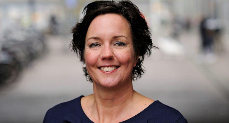Van Ark weerstaat Senaat: Geen datum presentatie rapport bestaansminimum