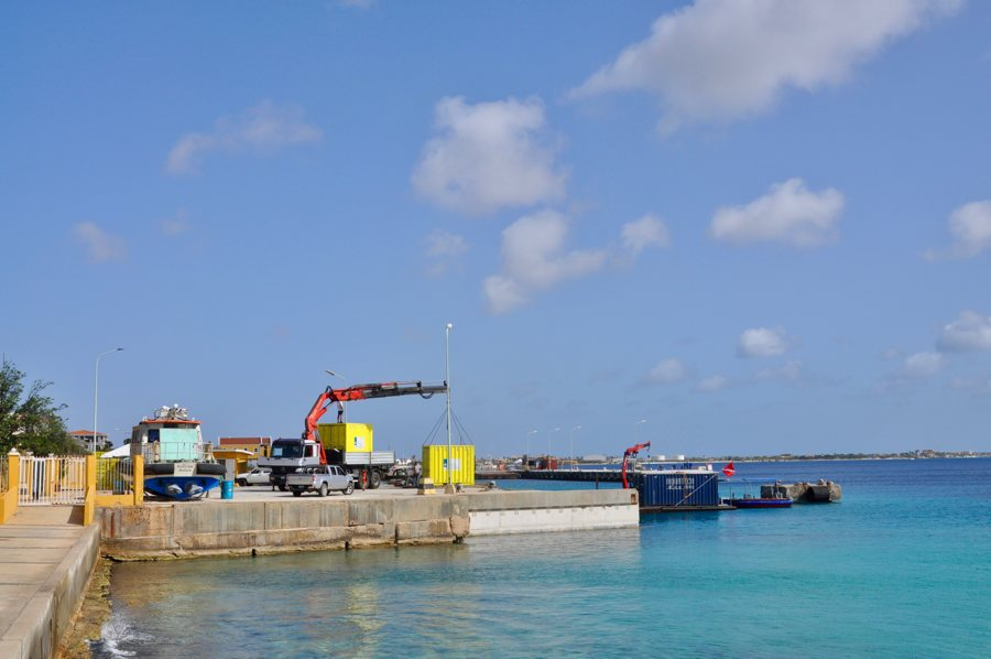 Kamer van Koophandel stuurt brandbrief: Levensader van het eiland via zee dicht
