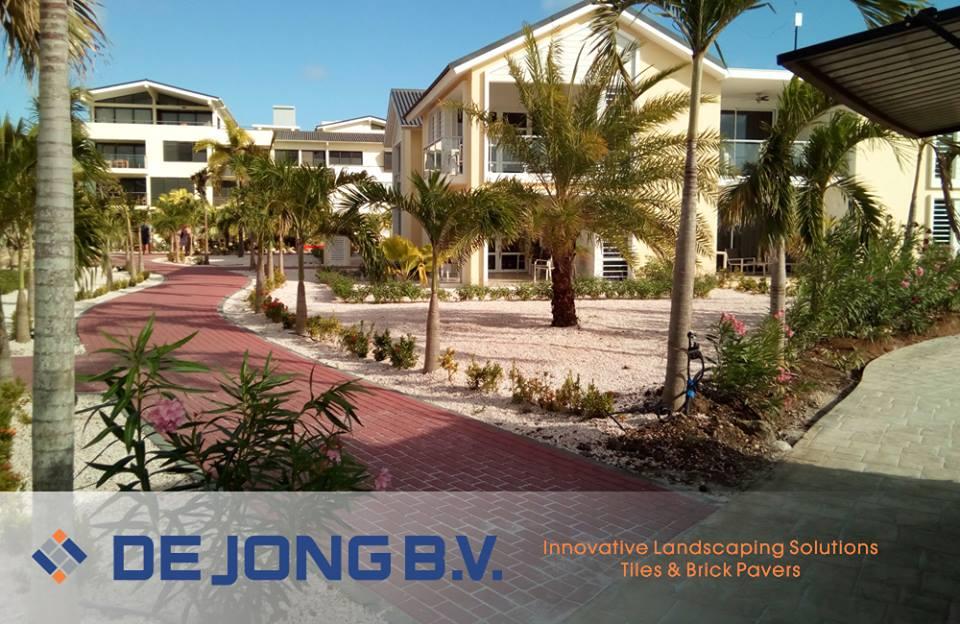 Bestrating en klinkers met De Jong op Bonaire