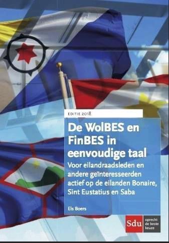 """Eerste exemplaar boek """"De WolBES en FinBES"""" in eenvoudige taal"""