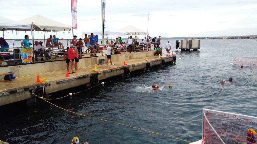Barracuda's waterpolo toernooi 7-8-9 september