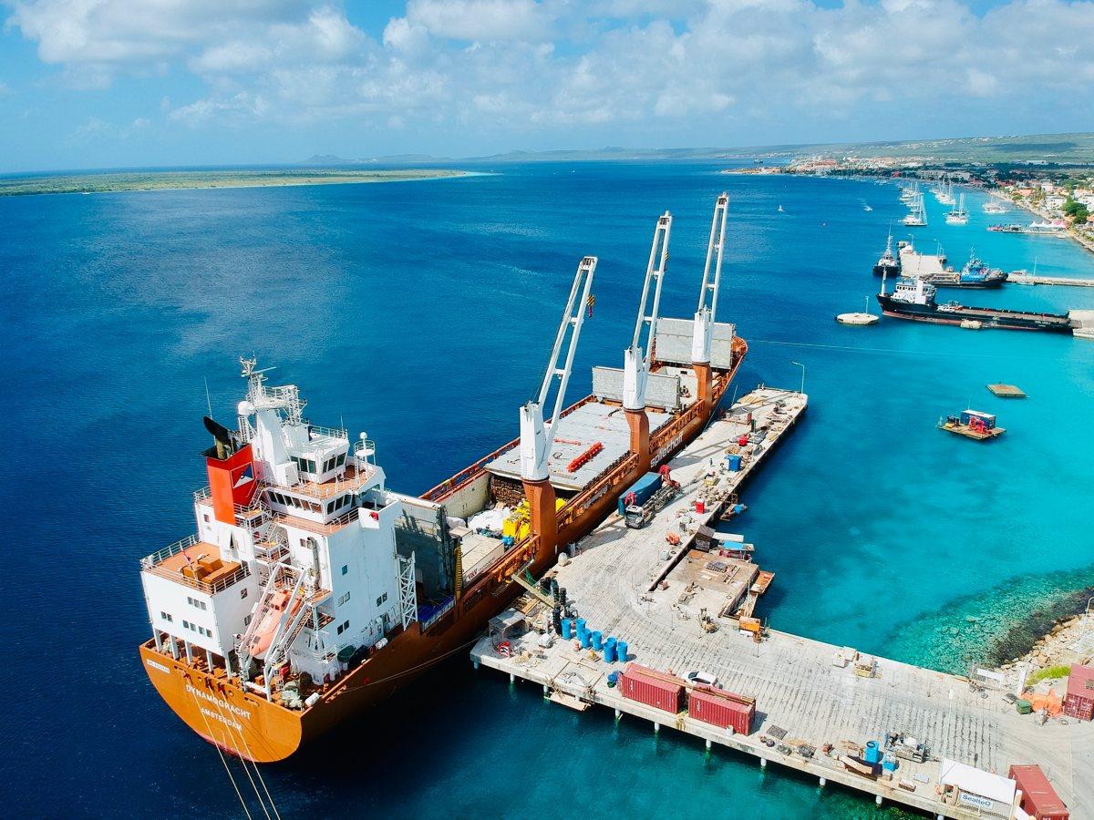 Directe container verscheping naar Bonaire met Spliethoff