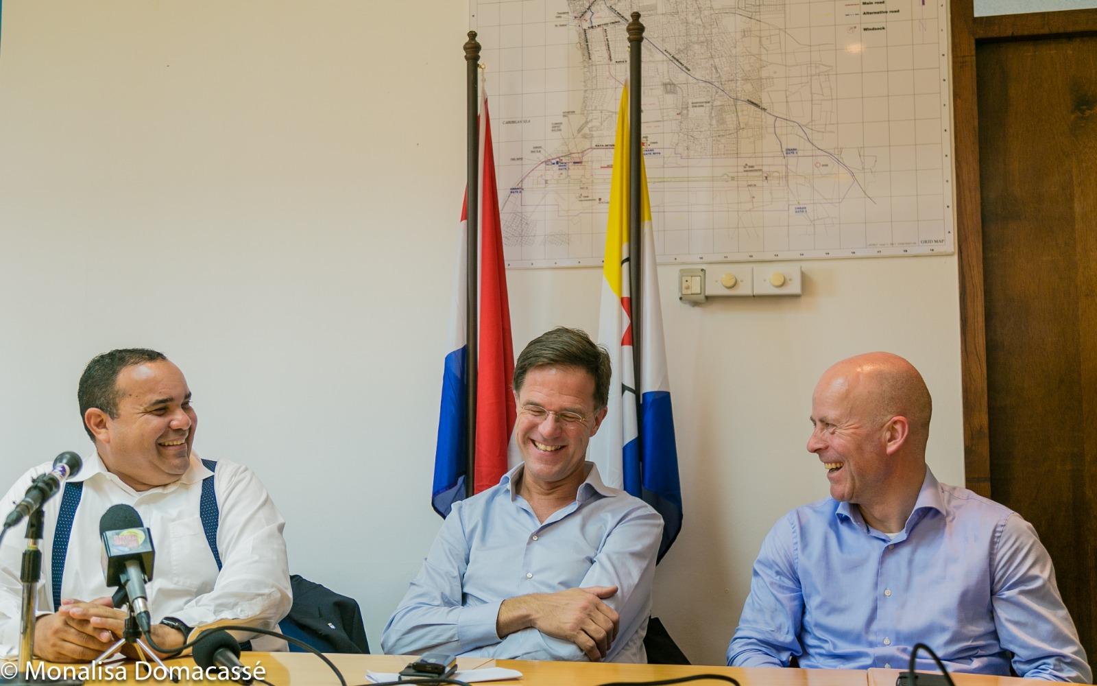 Ontspannen Minister President Rutte zeer positief over de toekomst van Bonaire