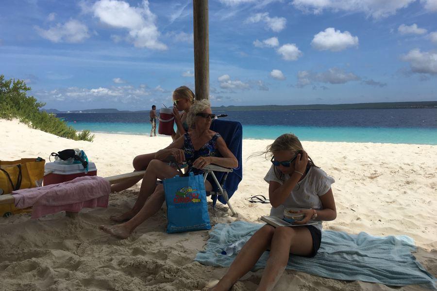 Schaduwhuisjes op Klein Bonaire