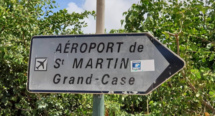 sign Grand Case airport