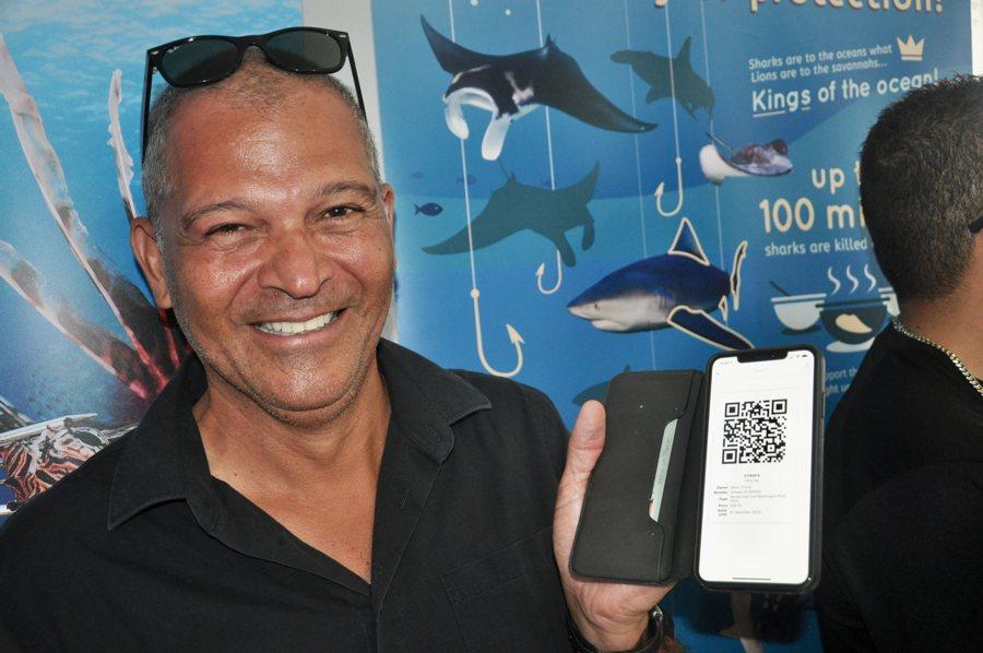 Eerste Bonaire Nature Fee Tag online gekocht door Delno Tromp
