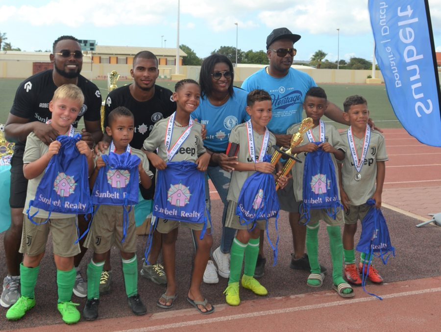 Eerste Sunbelt Realty Back 2 school Cup penalty shoot-out toernooi op Bonaire